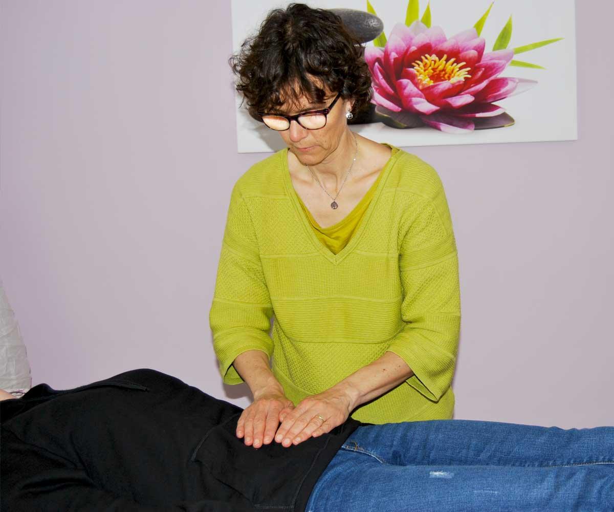 Reiki : Patricia TRÉANTON , Finistère ( 29 ) : séance de Reiki Traditionnel Reikibunseki à Plomodiern et Brest : permet de dissoudre les tensions corporelles, efficace sur le stress ...